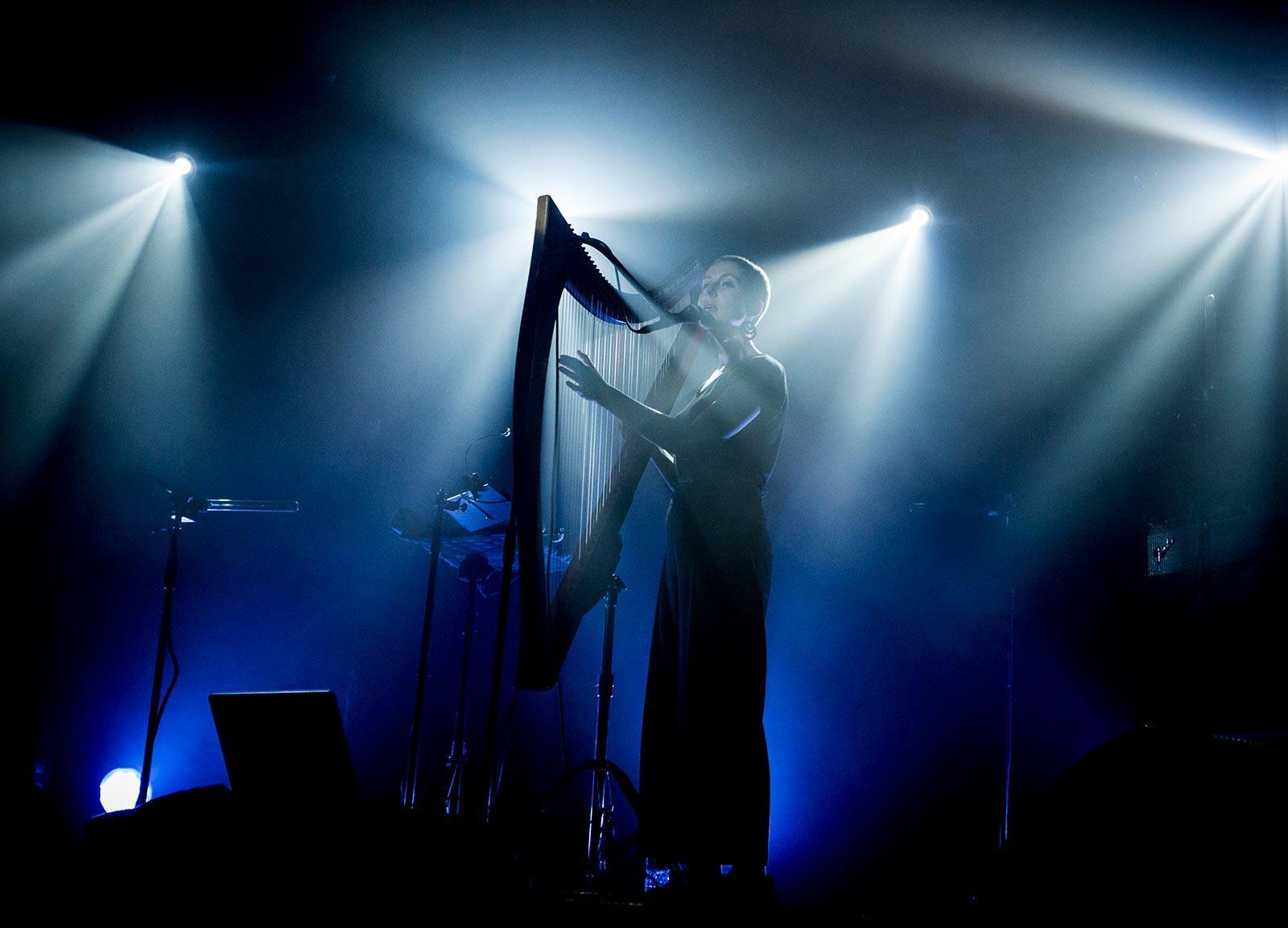 laura-peruddin-live